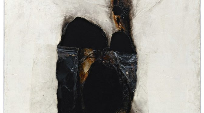 L'œuvre de l'artiste abstrait italien Alberto Burri (1915-1995)
